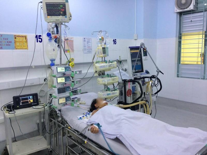 Chỉ sốt nhẹ không ngờ suýt chết do căn bệnh hiếm gặp - ảnh 2