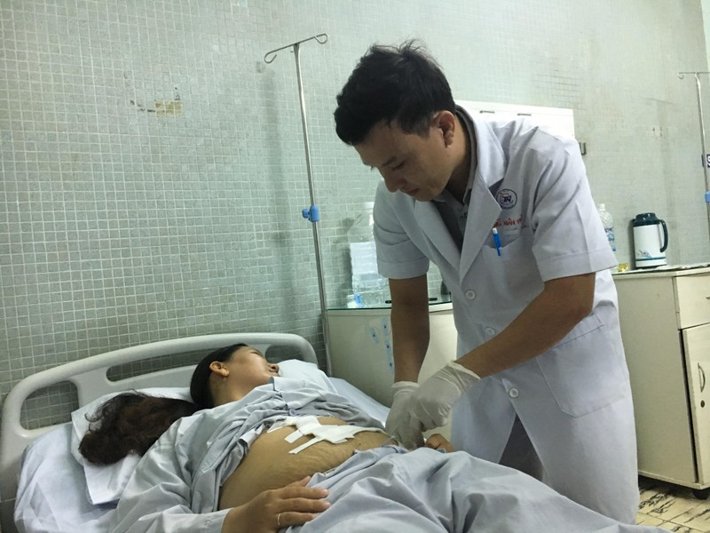 Căn bệnh khiến lá lách cô gái nặng hơn 5 kg, dài nửa mét - ảnh 2