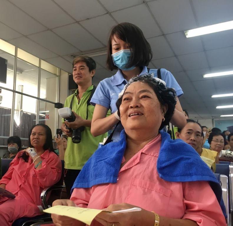 Nhiều bệnh nhân ở Chợ Rẫy gửi gắm mong ước qua thư pháp - ảnh 4