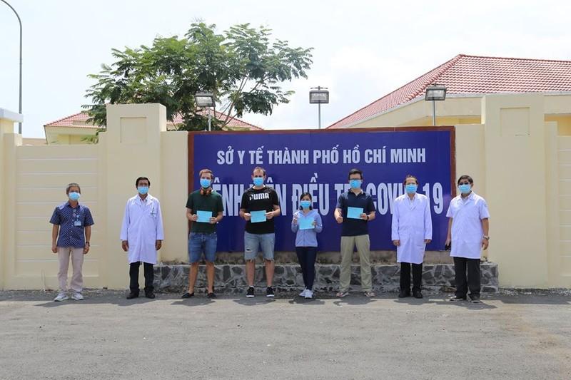 TP.HCM: Thêm 9 bệnh nhân COVID-19 được công bố khỏi bệnh - ảnh 1