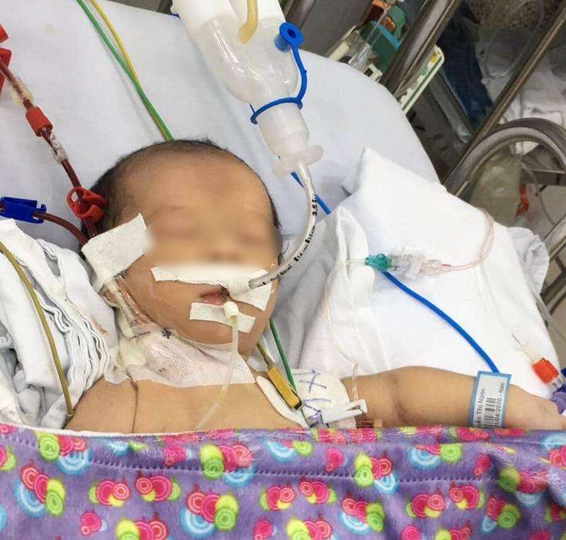 Bé trai 3 ngày tuổi đột ngột hôn mê vì lý do không ngờ - ảnh 1