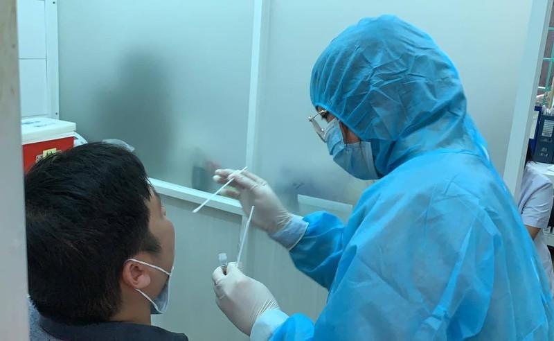 TP.HCM xét nghiệm tất cả người có hội chứng cúm khi đến BV - ảnh 1