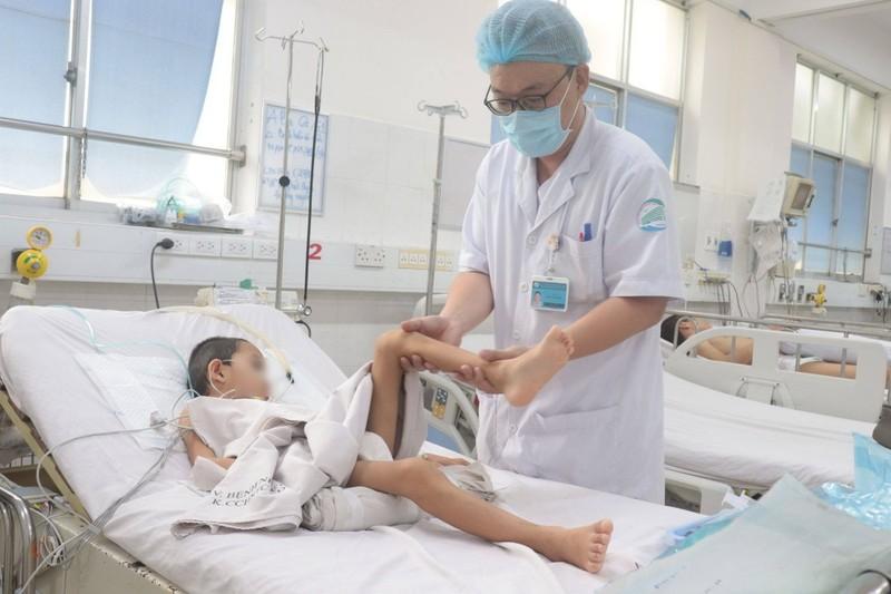 Thêm một bé trai 12 tuổi tử vong do bạch hầu  - ảnh 1