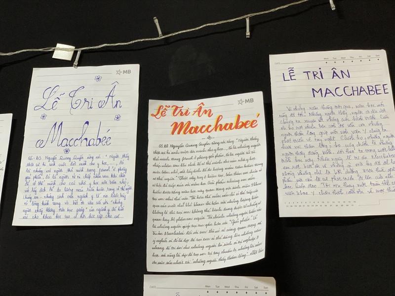 Sinh viên trường y ở TP.HCM tri ân người hiến xác cho khoa học - ảnh 2