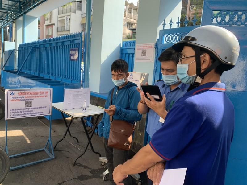 Hơn 42.000 người có triệu chứng viêm hô hấp cấp khai báo - ảnh 1
