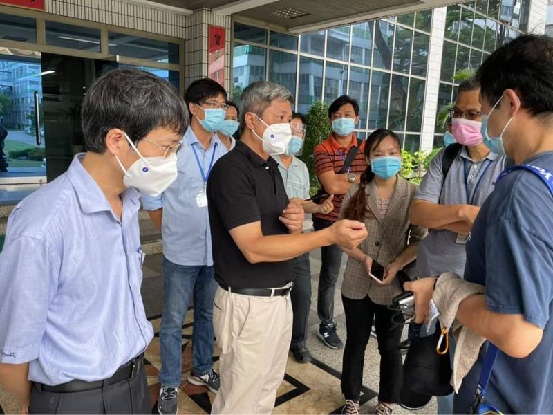 TP.HCM tiêm vaccine COVID-19 cho hơn 8.500 công nhân - ảnh 3