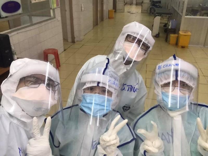 Cảm động câu chuyện nữ bác sĩ ở TP.HCM vắt sữa tặng em bé mắc COVID-19 - ảnh 3