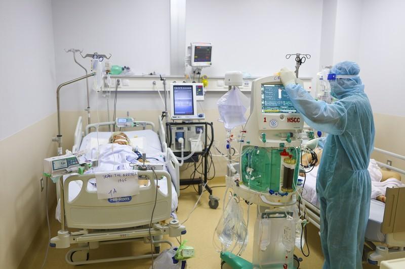 Thiết lập thêm 3 trung tâm hồi sức quy mô 2.000 giường ở TP.HCM - ảnh 1