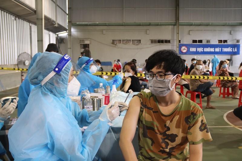 TP.HCM cần hơn 1,8 triệu liều vaccine mũi 1 và 2 đến ngày 30-9 - ảnh 1