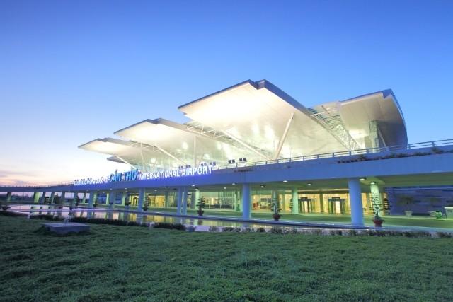 Đậu tàu bay qua đêm ở Cần Thơ để giảm kẹt Tân Sơn Nhất - ảnh 1