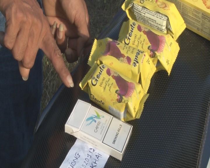 Giấu ma túy trong quần lót, dây nịt vẫn bị lộ - ảnh 2