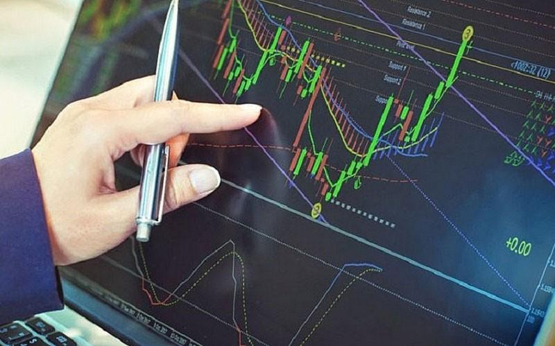 Nhà đầu tư rục rịch xuống tiền, cổ phiếu địa ốc tăng giá - ảnh 1
