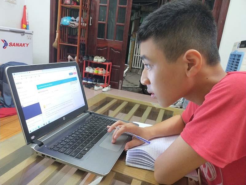 HS Đà Nẵng thi HK2 trực tuyến: Chờ sự tự giác, trung thực - ảnh 1