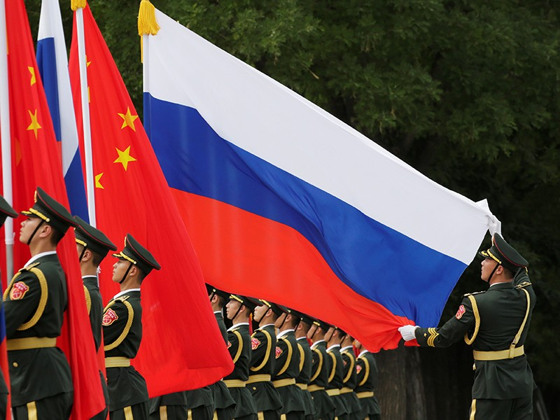 Khả năng Nga-Trung 'liên thủ' đối phó trục Mỹ-Anh-Úc - ảnh 1