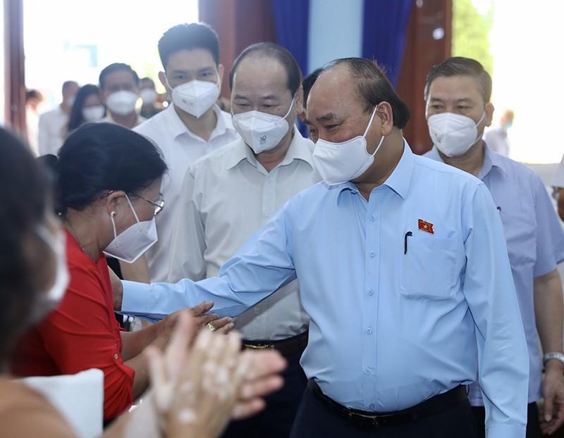 Chủ tịch nước: TP.HCM giữ chân người lao động, sớm phục hồi kinh tế - ảnh 1