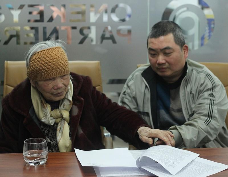 Cụ bà 84 tuổi kiện đòi bồi thường oan 15 tỉ đồng - ảnh 1