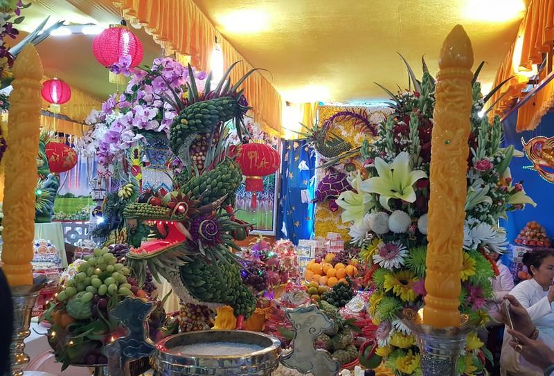 Rực rỡ đèn hoa tại đại lễ của đạo Cao Đài - ảnh 7