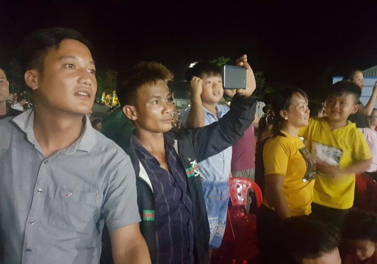 Vui không tưởng ở cuộc thi hoa hậu biên giới Việt-Campuchia - ảnh 11
