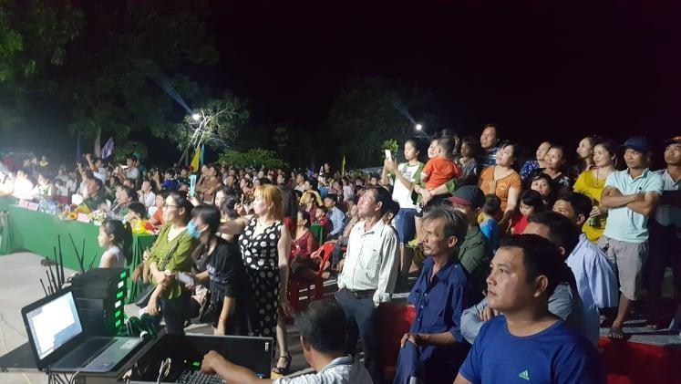 Vui không tưởng ở cuộc thi hoa hậu biên giới Việt-Campuchia - ảnh 9