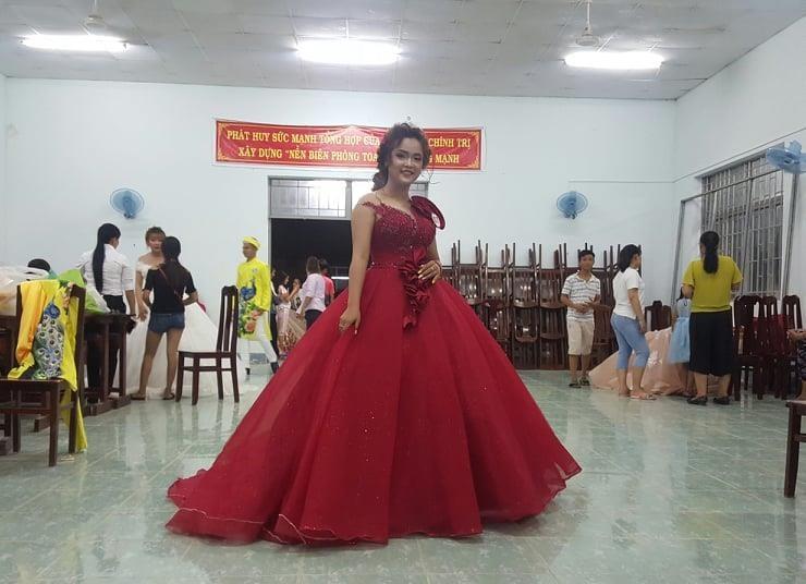 Vui không tưởng ở cuộc thi hoa hậu biên giới Việt-Campuchia - ảnh 5