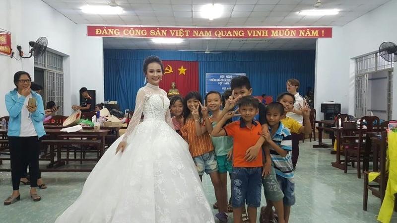 Vui không tưởng ở cuộc thi hoa hậu biên giới Việt-Campuchia - ảnh 3