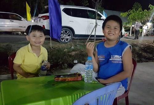 Chung kết hoa hậu biên giới Việt-Campuchia: Đẹp đến khó tin! - ảnh 2