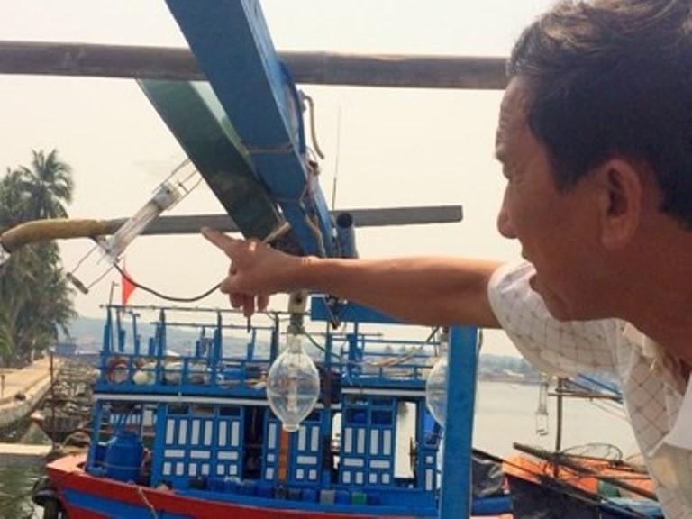 Tàu cá Quảng Ngãi bị đâm chìm ở Hoàng Sa - ảnh 1
