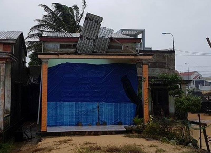 84 nhà hư hỏng, nhiều người bị thương do mưa bão - ảnh 1