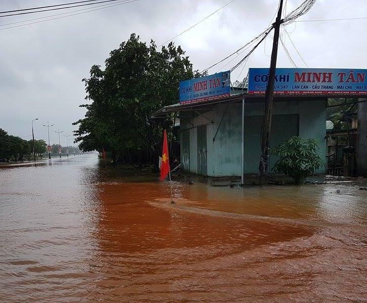 84 nhà hư hỏng, nhiều người bị thương do mưa bão - ảnh 6