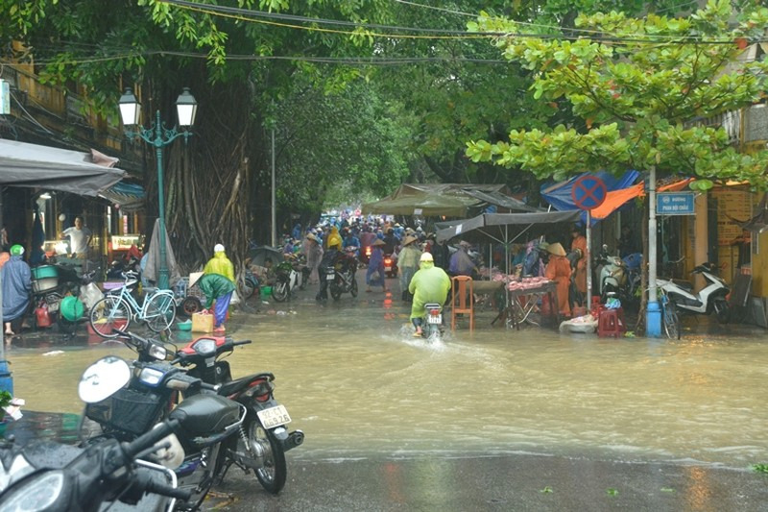 Quảng Nam ngập nặng sau bão số 12 - ảnh 4