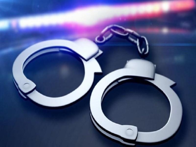 Cha mẹ bị khởi tố vì 'chạy' cho con trốn nghĩa vụ quân sự - ảnh 1
