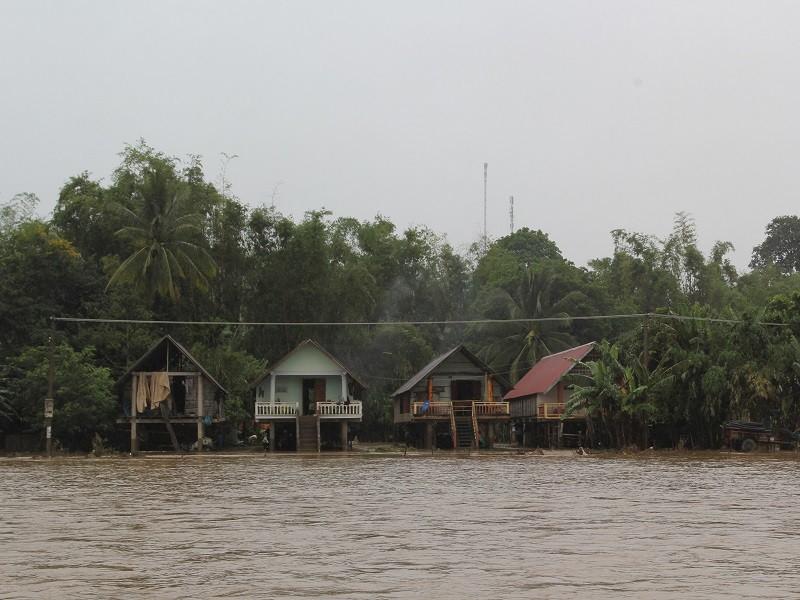 Đắk Lắk: Mưa lớn kéo dài, hơn 300 ngôi nhà ngập nước - ảnh 2