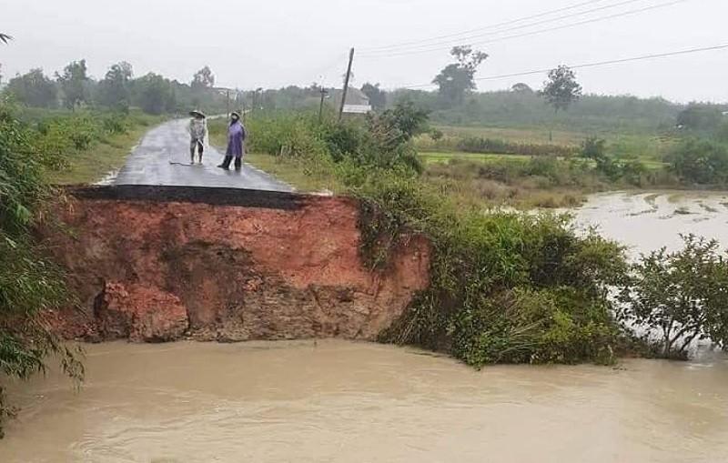 Đắk Lắk: Mưa lớn kéo dài, hơn 300 ngôi nhà ngập nước - ảnh 4