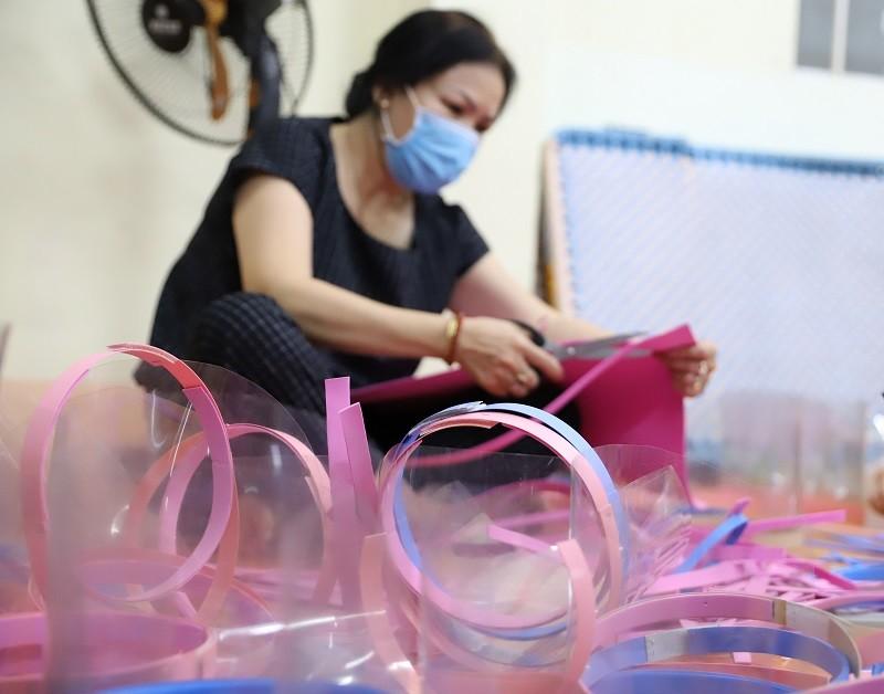 Đắk Lắk: Nhiều hình thức hỗ trợ trong mùa dịch - ảnh 13