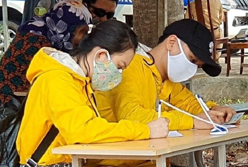 TP Buôn Ma Thuột phạt 126 người không đeo khẩu trang - ảnh 1