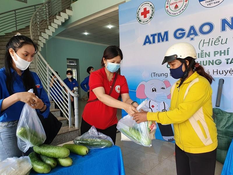 Đắk Lắk: Thêm một  ATM gạo nghĩa tình ở huyện Krông Pắk - ảnh 8