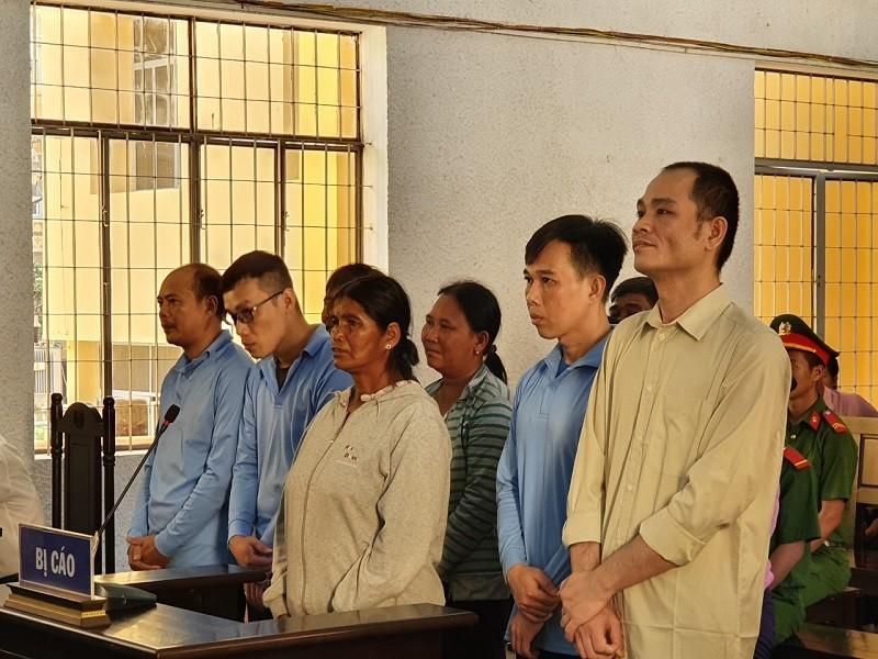 Hàng loạt cán bộ hầu tòa do liên quan đến dự án tiền tỉ - ảnh 2