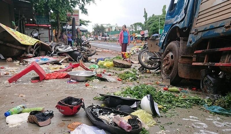 Vụ tai nạn giao thông 5 người chết ở Đắk Nông: Khởi tố vụ án - ảnh 1