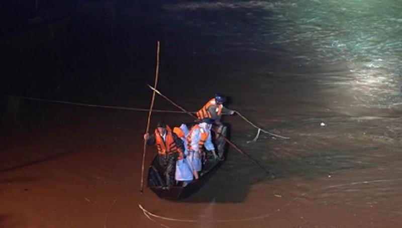 Tìm được thi thể 3 học sinh đuối nước  - ảnh 1