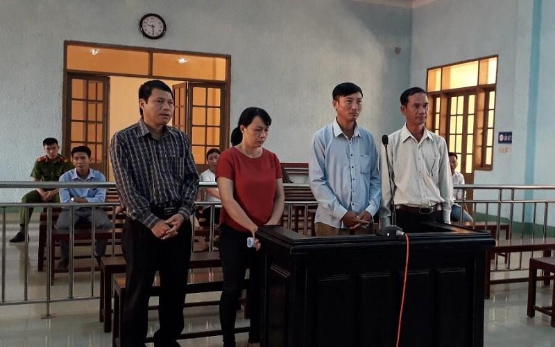 Chánh văn phòng UBND huyện bị xử hình sự 30 triệu đồng - ảnh 1