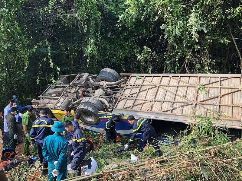 Tai nạn 5 người tử vong ở Kon Tum: Tài xế nói xe bị mất thắng - ảnh 1