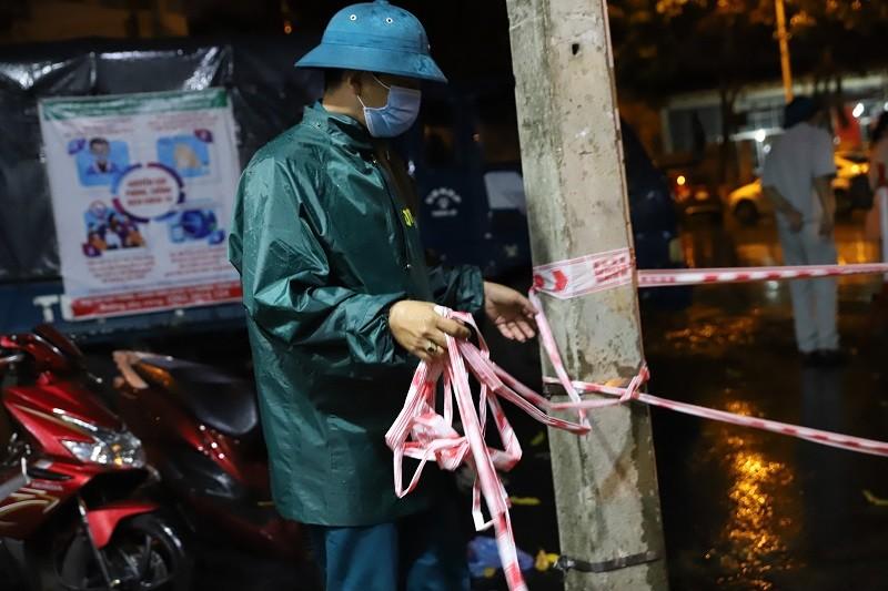Ảnh: Cận cảnh tháo dỡ 4 khu phong tỏa ở Đắk Lắk - ảnh 8