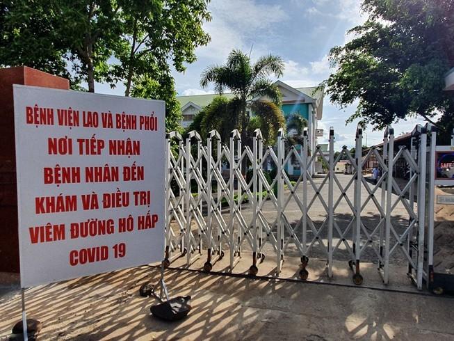 Ảnh: Cận cảnh tháo dỡ 4 khu phong tỏa ở Đắk Lắk - ảnh 13
