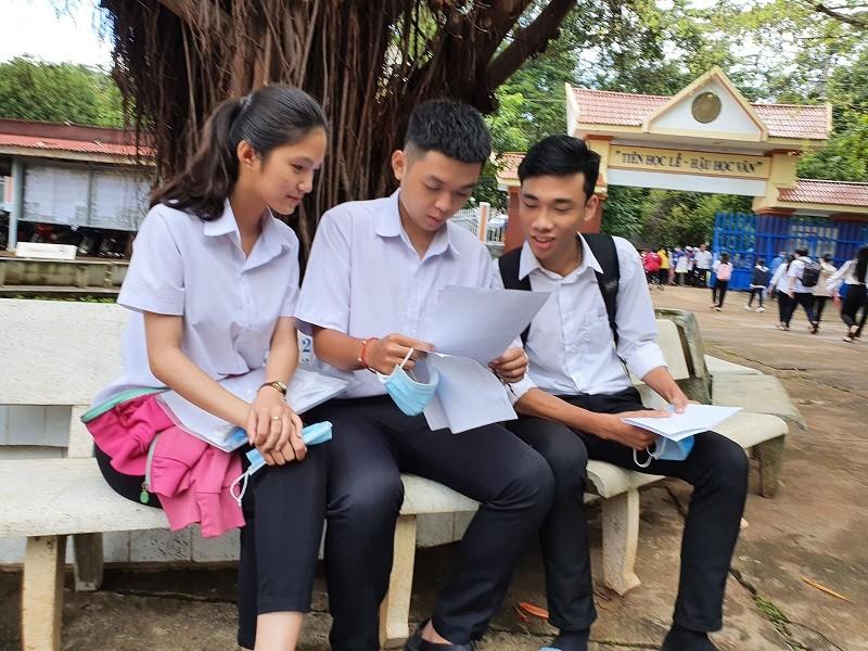 Đắk Lắk: Đề thi Ngữ văn dễ kiếm điểm cao - ảnh 1