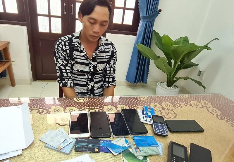 Khởi tố bị can lừa 100 triệu đồng vợ nạn nhân vụ Rào Trăng 3 - ảnh 1