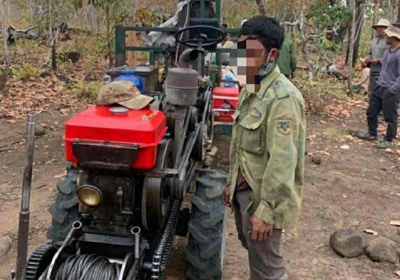 Điều tra vụ điều cả đoàn xe công nông vào rừng cộng đồng - ảnh 2