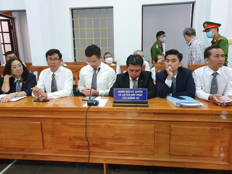 Bắt đầu xét xử 'trùm' xăng giả Trịnh Sướng cùng 38 đồng phạm - ảnh 5