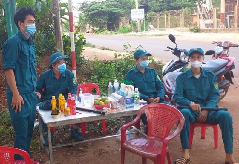 Buôn Ma Thuột dừng kinh doanh ăn uống vỉa hè  - ảnh 1