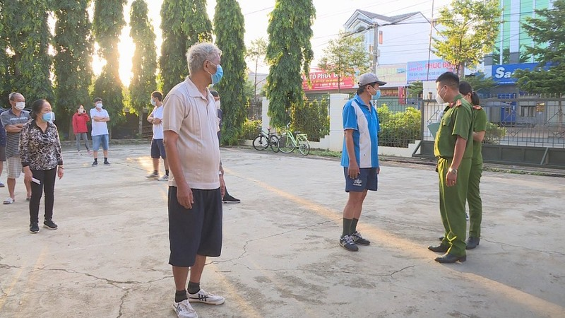 18 người ở TP Buôn Ma Thuột đi tập thể dục bất chấp Chỉ thị 16 - ảnh 1