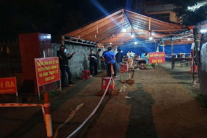 Đắk Lắk, Gia Lai: Dừng tiếp nhận công dân về từ TP.HCM... - ảnh 1